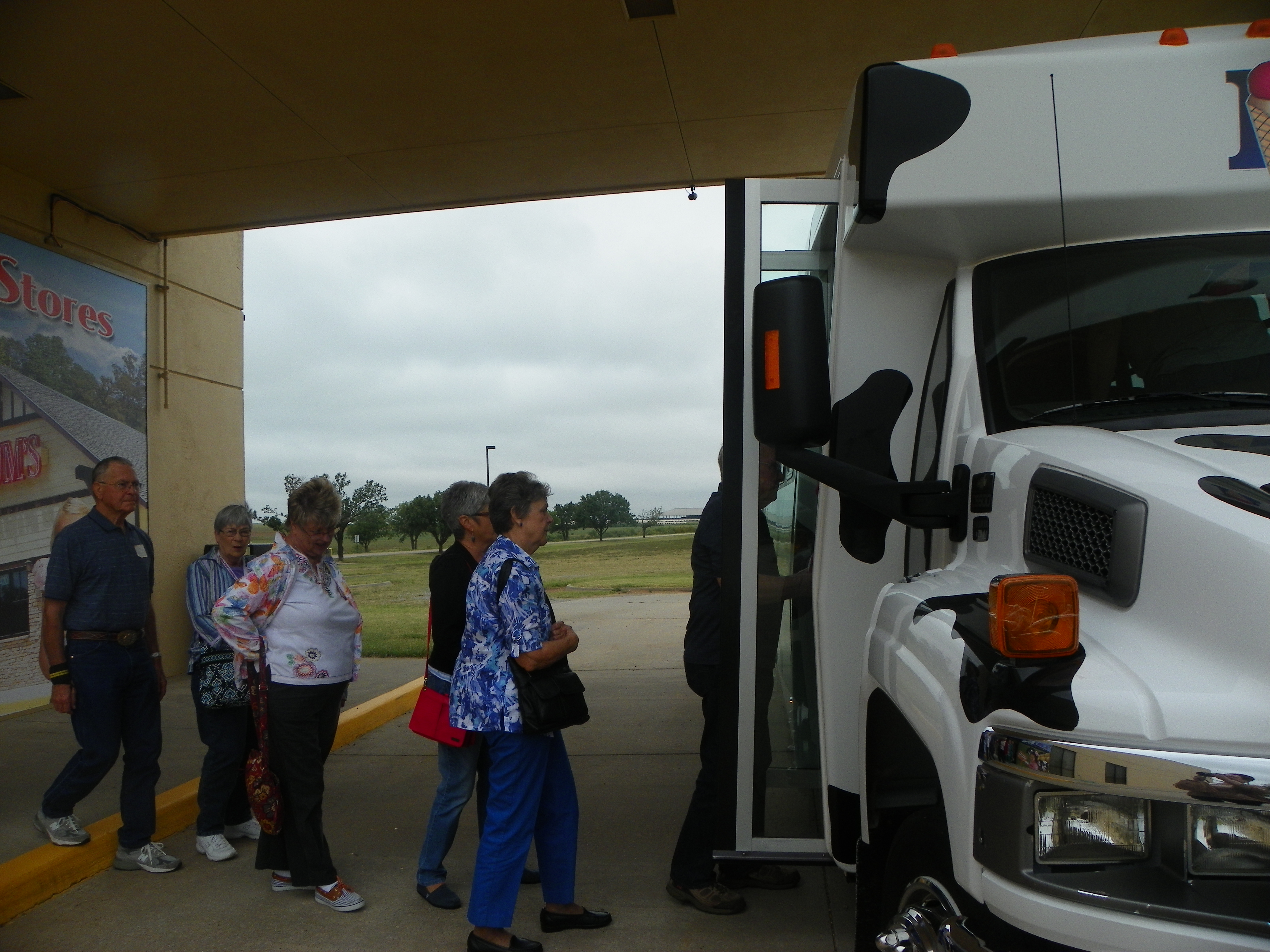 putnam senior singles Okc's non-profit travel club exclusively for seniors  and visit our facebook page @ putnam city retiree travel club or the public  monthly singles .